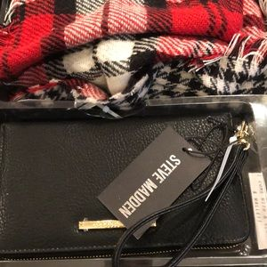 New scarf and wallet set.